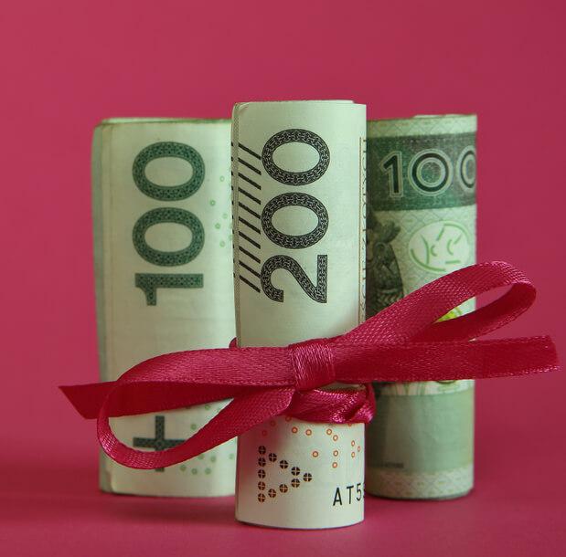 horoskop finansowy, banknoty