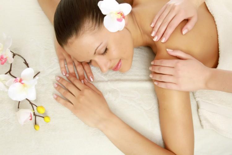 Ajurwedyjski masaż młodości