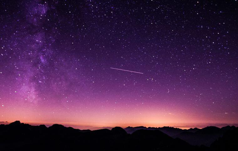 teraz na niebie, planety na niebie, co dziś widać na niebie, co świeci na niebie