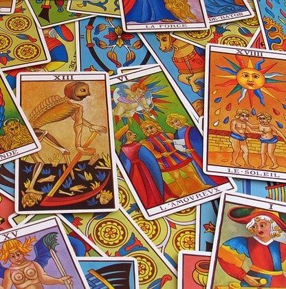 Co nam wróży tarot na luty? Poznaj przepowiednię kart tarota.