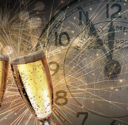 Poznaj przesądy na Nowy Rok. I zrób rytuał na szczęście.