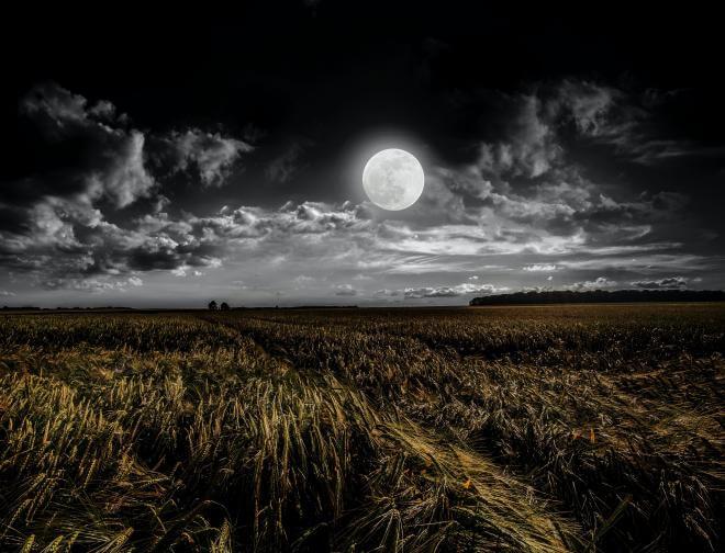pełnia lipiec, pełnia księżyca w lipcu, pełnia burzowego księżyca