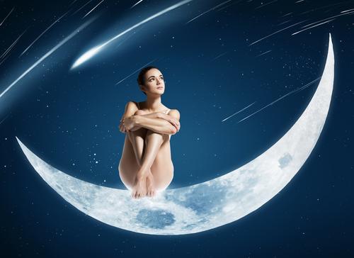 dziewczyna na ksieżycu