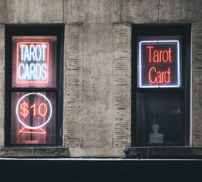tarot miesięczny, tarot na styczeń, darmowy tarot, tarot online